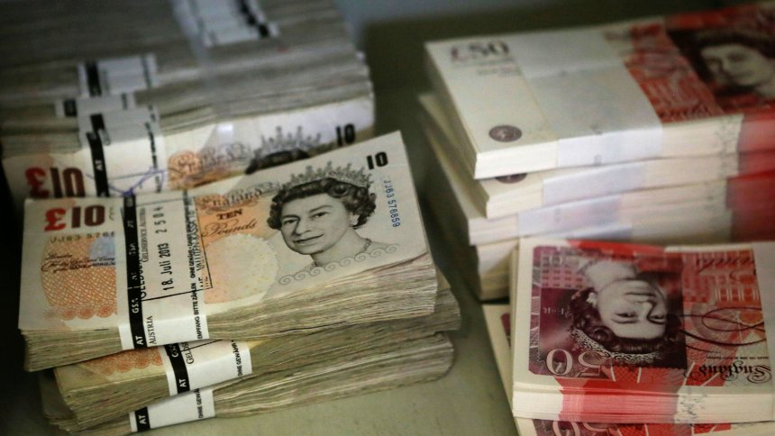 Sterling volatile ahead of no confidence vote on Theresa May